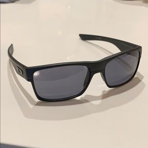 ab458c6e1 Men Used Oakley Sunglasses on Poshmark